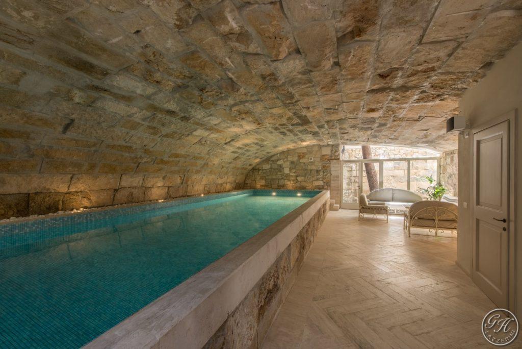 Piscina riscaldata, zona relax - Villa Galatea, San Vincenzo - GH Lazzerini, Toscana